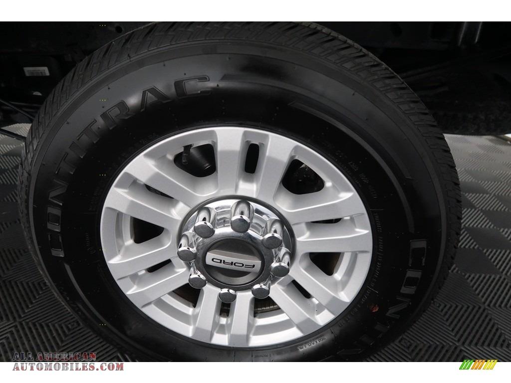 2018 F250 Super Duty XLT Crew Cab 4x4 - Blue Jeans / Earth Gray photo #29