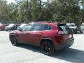 Jeep Cherokee Latitude Plus Velvet Red Pearl photo #3