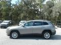 Jeep Cherokee Latitude Light Brownstone Pearl photo #2