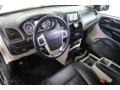 Chrysler Town & Country Touring-L Brilliant Black Crystal Pearl photo #16