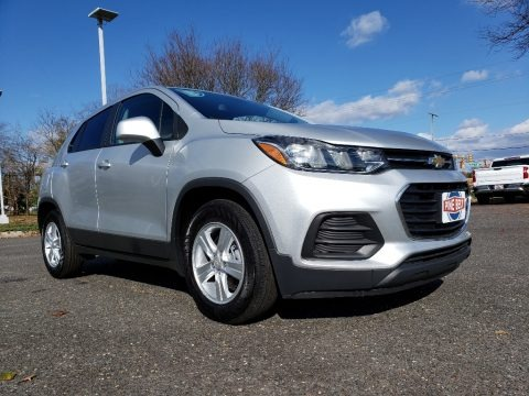 Silver Ice Metallic 2019 Chevrolet Trax LS