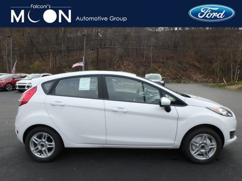 Oxford White 2019 Ford Fiesta SE Hatchback