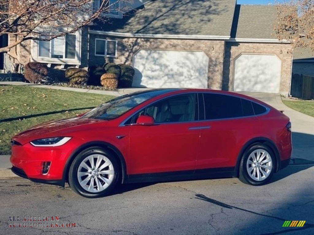 Red Multi-Coat / Black Tesla Model X 75D