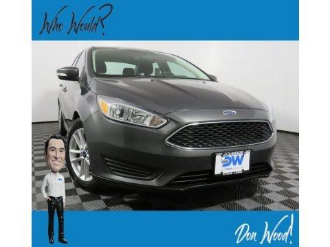 Stealth Gray 2017 Ford Focus SE Sedan