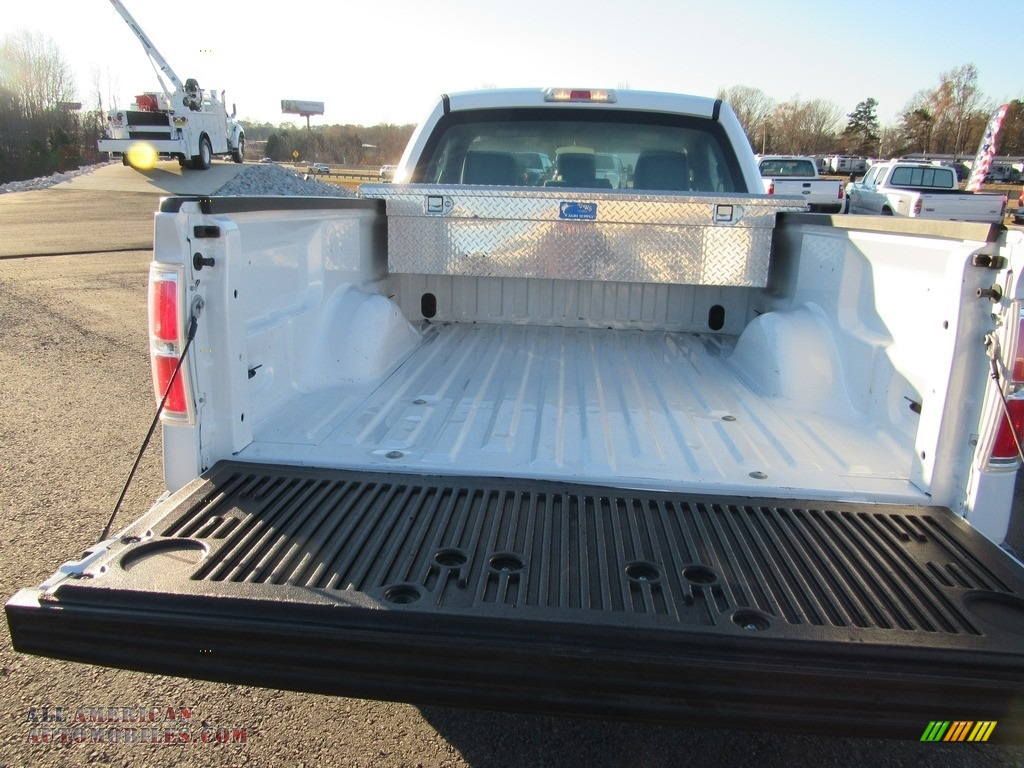 2012 F150 XL Regular Cab - Oxford White / Steel Gray photo #23