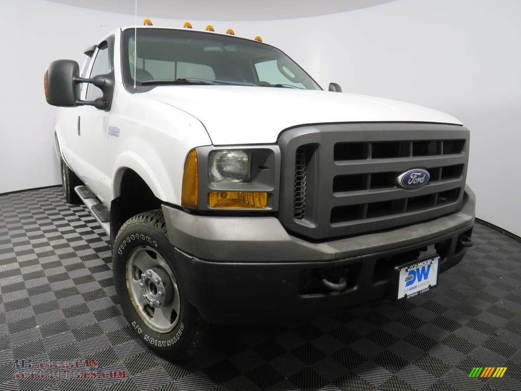 Oxford White / Medium Flint Ford F250 Super Duty XL SuperCab 4x4
