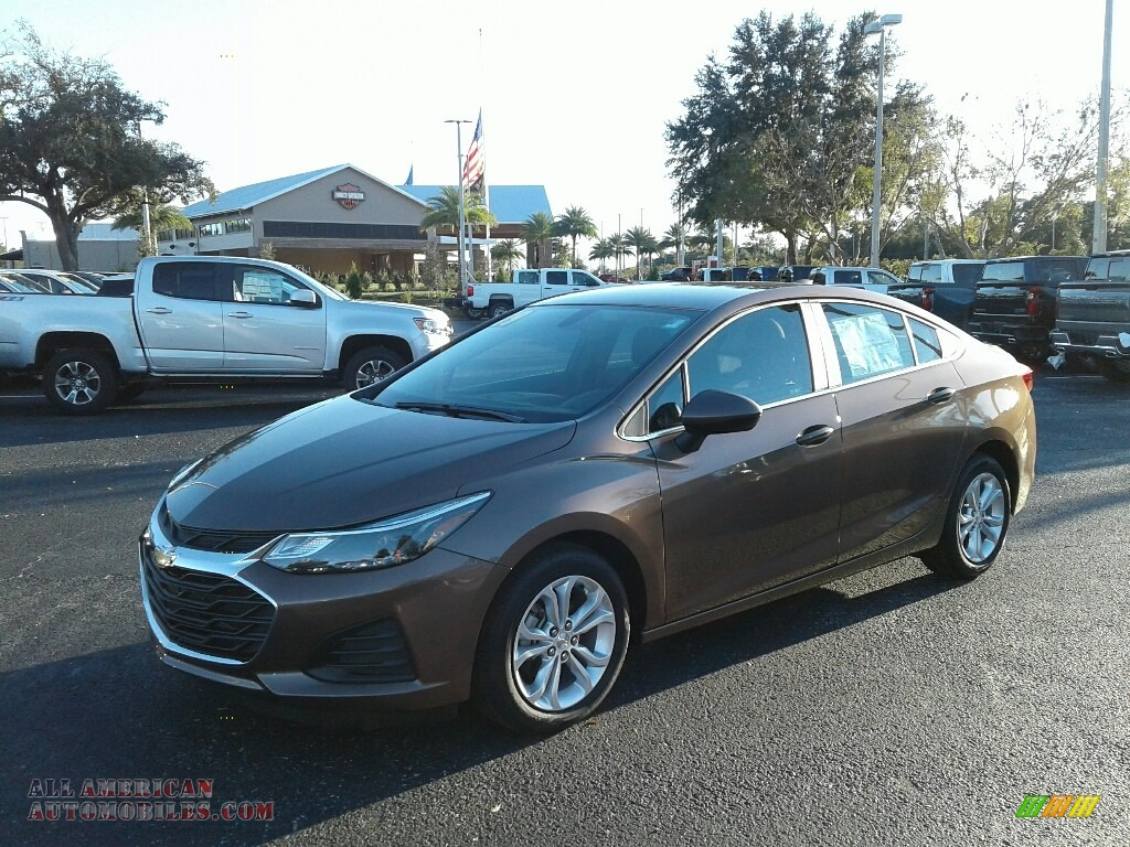 Oakwood Metallic / Jet Black/­Galvanized Chevrolet Cruze LT