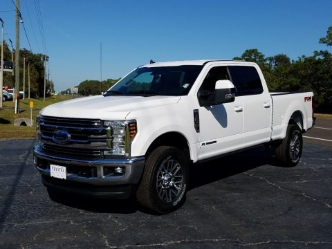 Oxford White 2019 Ford F250 Super Duty Lariat Crew Cab 4x4
