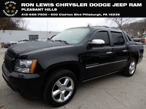 Black 2013 Chevrolet Avalanche LTZ 4x4