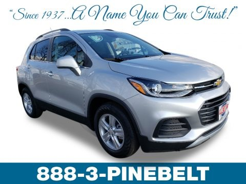 Silver Ice Metallic 2019 Chevrolet Trax LT