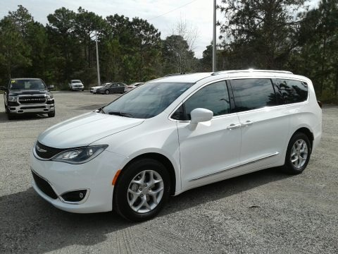 Bright White 2019 Chrysler Pacifica Touring L Plus