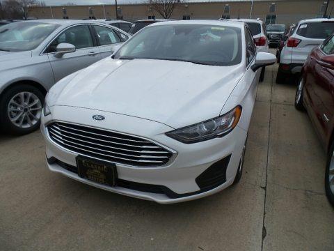 White Platinum 2019 Ford Fusion Hybrid SE