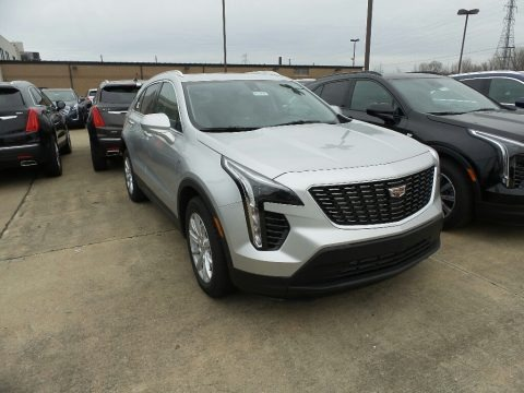 Radiant Silver Metallic 2019 Cadillac XT4 Luxury AWD