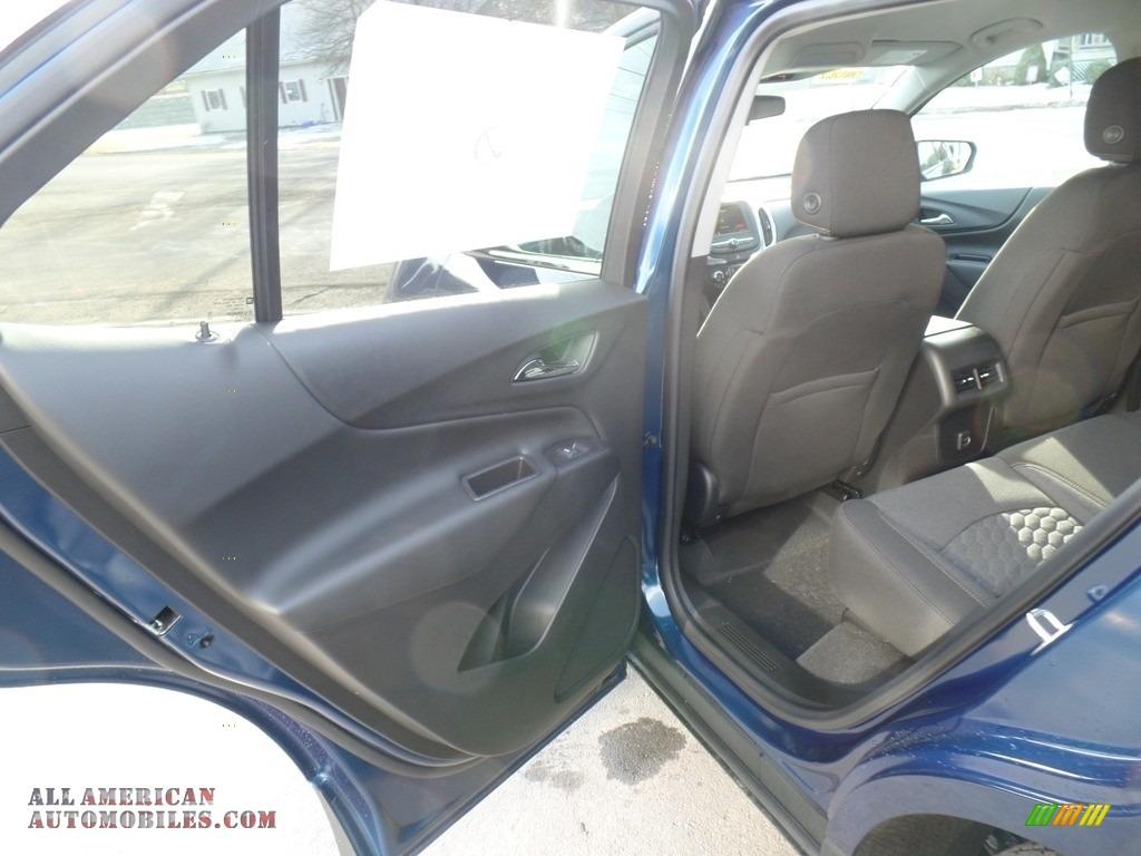 2019 Equinox LT AWD - Pacific Blue Metallic / Jet Black photo #38