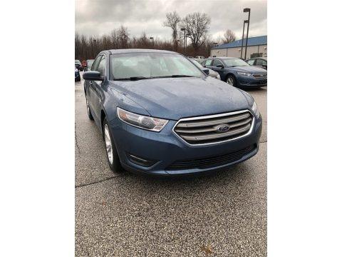 Blue 2018 Ford Taurus SEL