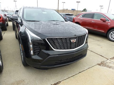 Stellar Black Metallic 2019 Cadillac XT4 Luxury AWD