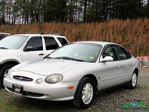Silver Frost Metallic 1999 Ford Taurus SE