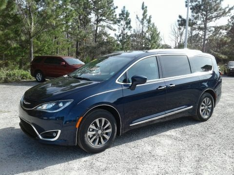 Jazz Blue Pearl 2019 Chrysler Pacifica Touring L Plus