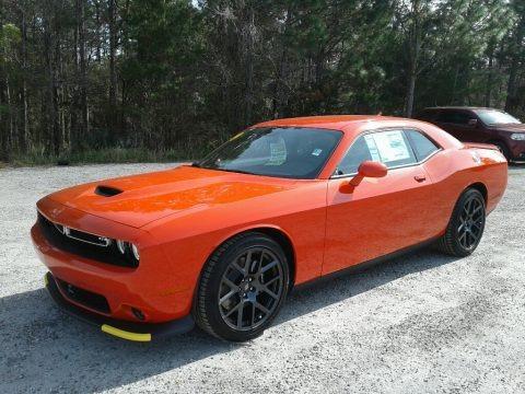 Go Mango 2019 Dodge Challenger GT