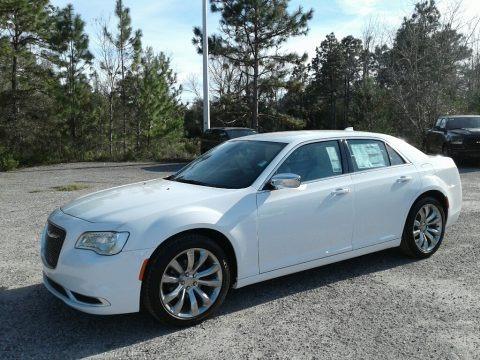 Bright White 2019 Chrysler 300 Touring