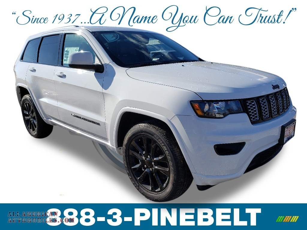 2019 Grand Cherokee Altitude 4x4 - Bright White / Black photo #1