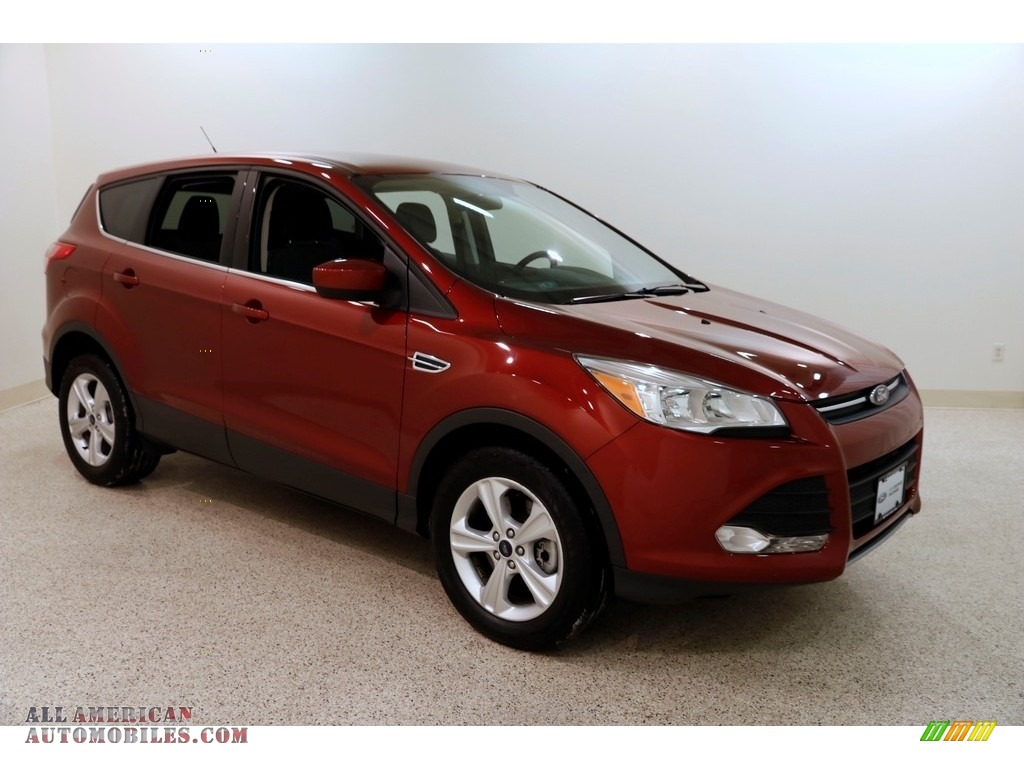 Sunset Metallic / Charcoal Black Ford Escape SE 4WD
