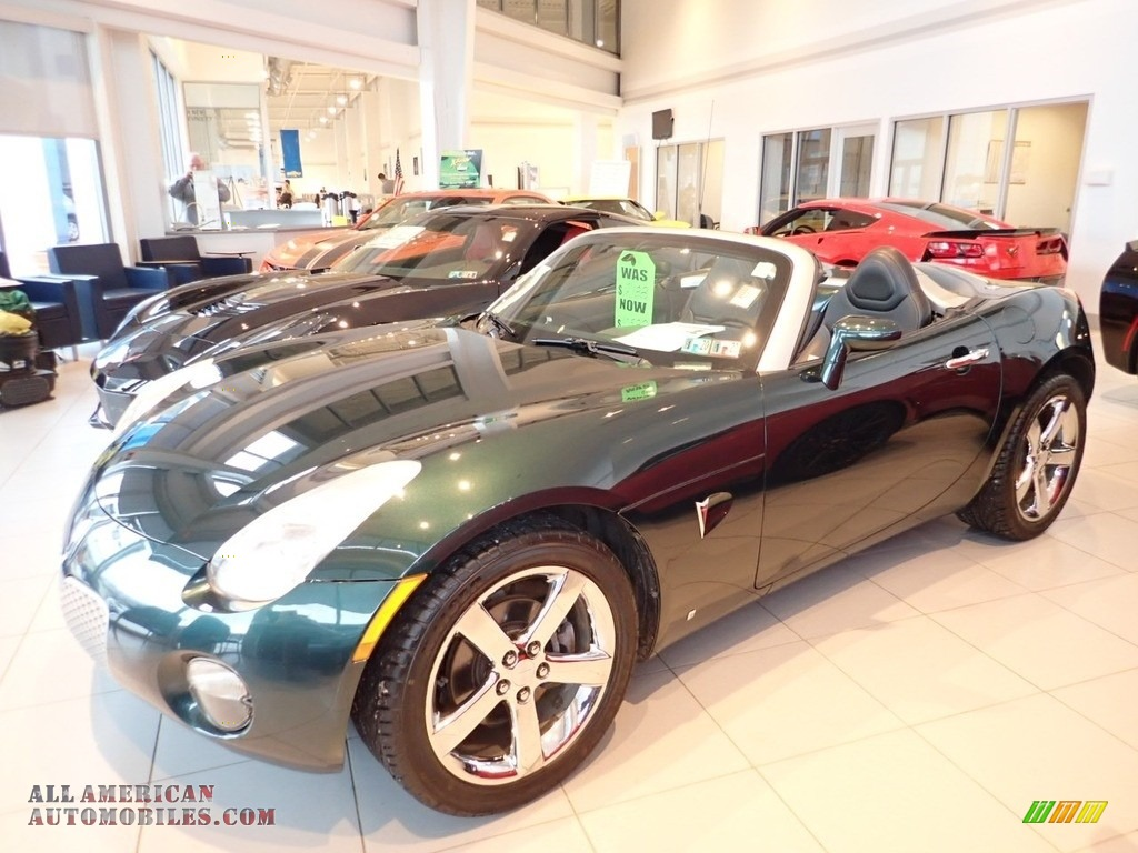 2006 Solstice Roadster - Envious Green / Ebony photo #1