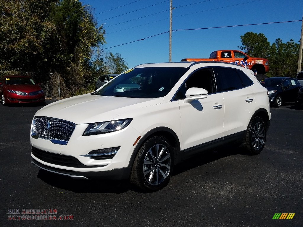 White Platinum / Ebony Lincoln MKC Reserve