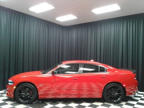 TorRed 2016 Dodge Charger R/T