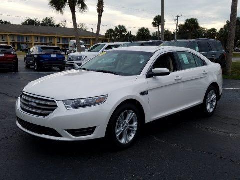 White Platinum 2019 Ford Taurus SEL