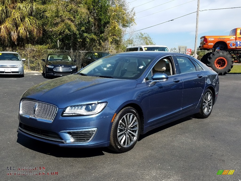 Blue Diamond / Cappuccino Lincoln MKZ FWD