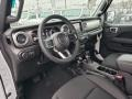 Jeep Wrangler Unlimited Sahara 4x4 Bright White photo #6
