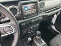 Jeep Wrangler Unlimited Sahara 4x4 Bright White photo #9