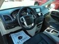 Chrysler Town & Country Touring-L Brilliant Black Crystal Pearl photo #6