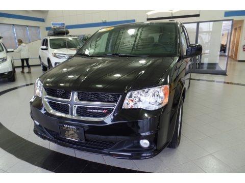 Black Onyx Crystal Pearl 2019 Dodge Grand Caravan SXT