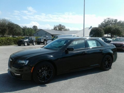 Gloss Black 2019 Chrysler 300 S
