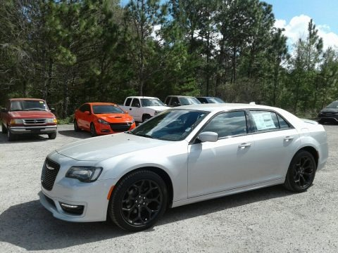 Silver Mist 2019 Chrysler 300 S