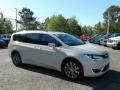 Chrysler Pacifica Limited Luxury White Pearl photo #7