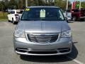 Chrysler Town & Country Touring Billet Silver Metallic photo #8
