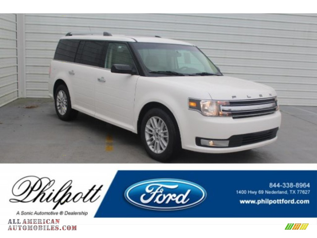 White Platinum / Dune Ford Flex SEL