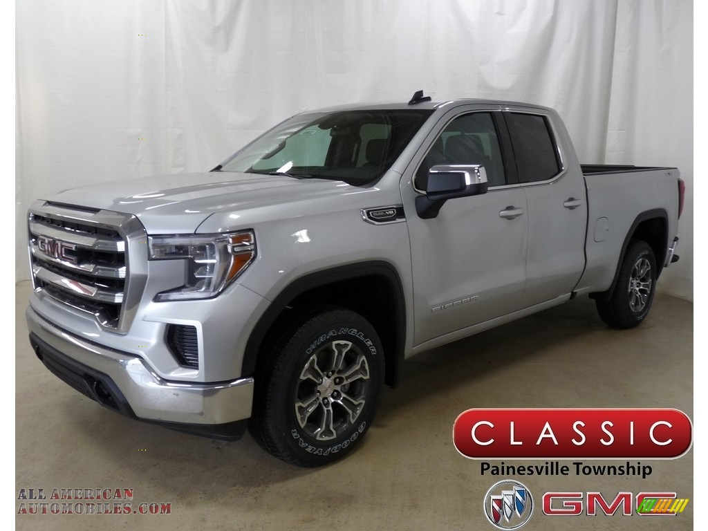 Quicksilver Metallic / Jet Black GMC Sierra 1500 SLE Double Cab 4WD