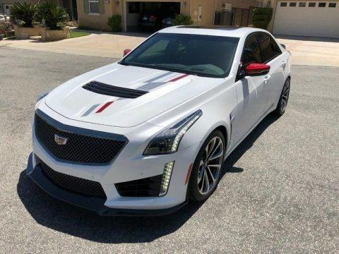 Crystal White Tricoat 2018 Cadillac CTS V Sedan