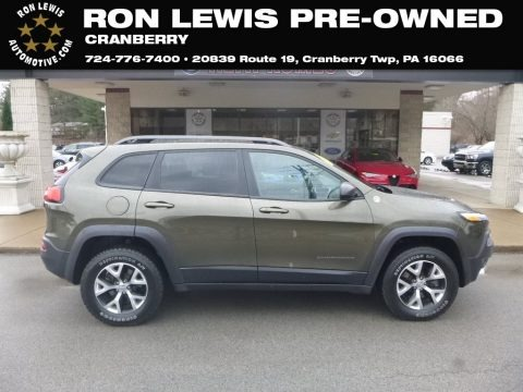 ECO Green Pearl 2014 Jeep Cherokee Trailhawk 4x4