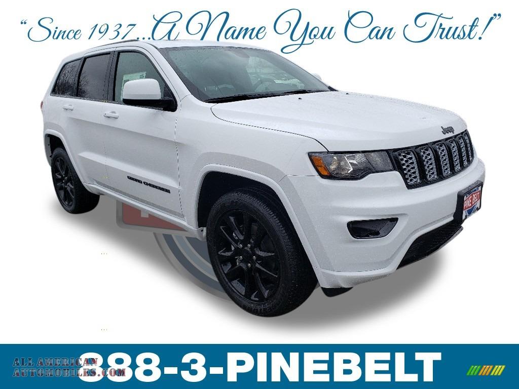 2019 Grand Cherokee Laredo 4x4 - Bright White / Black photo #1