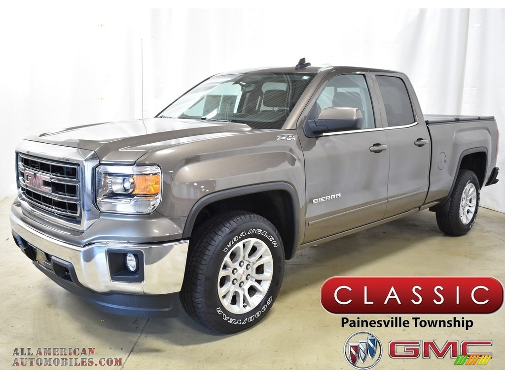 Bronze Alloy Metallic / Jet Black GMC Sierra 1500 SLE Double Cab 4x4