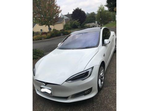 Pearl White Multi-Coat 2017 Tesla Model S 100D
