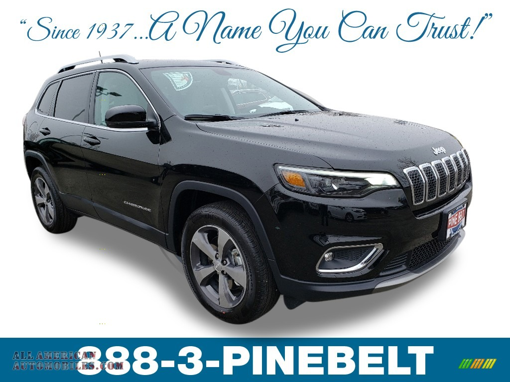 2019 Cherokee Limited 4x4 - Diamond Black Crystal Pearl / Black/Ski Grey photo #1