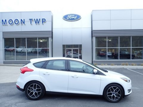 Oxford White 2018 Ford Focus SEL Hatch