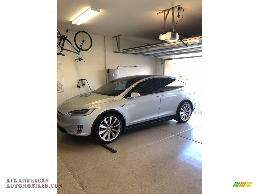 2017 Model X 100D - Silver Metallic / White photo #1
