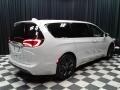 Chrysler Pacifica Touring Plus Luxury White Pearl photo #6